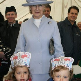 2childrenwithprincessalexandra